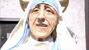 STATUA MADRE TERESA DI CALCUTTA San Paolo di Civitate - YouTube