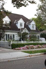 Pin By Pam O Connell On A Cottage In The Country Curb Appeal White Picket Fence House Exterior