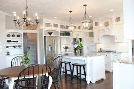 20 distinctive kitchen lighting ideas
