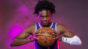 Can The Sacramento Kings Trust De'Aaron Fox To Be Their Franchise Point  Guard? - EssentiallySports