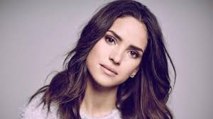 Adria Arjona Workout Routine and Diet Plan - FitnessReaper.com