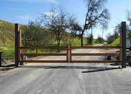 60 Best Driveway Gates Ideas Different Types With Many Benefits Enjoy Your Time Wooden Garden Gate Farm Gates Entrance Farm Gate Entrance