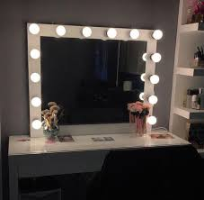 14 bulb vanity mirror with hollywood