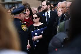 thousands attend funeral service