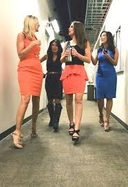 THE APPRECIATION OF BOOTED NEWS WOMEN BLOG : SHARON TAY WORE BOOTS IN JULY  AT CBS 2 IN LOS ANGELES