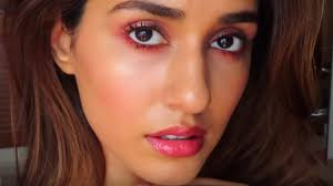disha patani turns beauty vlogger amid
