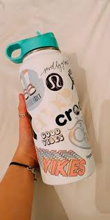 Hydroflask Hydroflask Stickers Hydroflask With Stickers Hydroflask Painted Hydroflask Aesthetic In 2020 Hydro Flask Water Bottle Hydroflask Flask Water Bottle