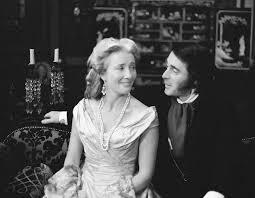 Effie Gray Released in UK - Mestiere Cinema
