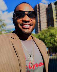 "Tyrone Smith® on Twitter: ""Happy Friday #smile #tyronesmith… """
