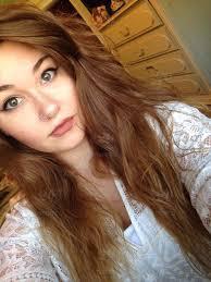 brown hair green eyes selfie