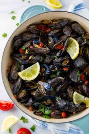 Steamed Mussels with White Wine and ...