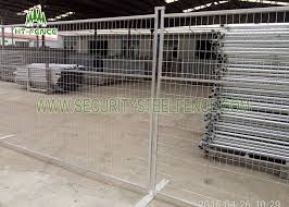 Red Temporary Construction Fence Panels Easy Assembled Metal Security Fencing