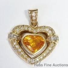 18k gold heart shaped diamond pendant