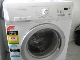 Hướng Dẫn Sử Dụng Máy Giặt Tiết Kiệm Điện Và Nước Hiệu Quả Nhất