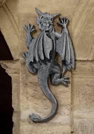 gargoyle statue meaning