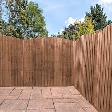 5ft X 6ft Pressure Treated Vertical Feather Edge Curved Wooden Fence Panels Mercia Garden Products