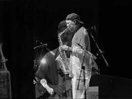 "Dave Holland & Steve Coleman (Duo) ""Ah-Leu-Cha"" - YouTube"