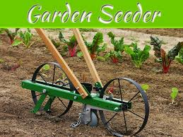 choosing the best garden seeder
