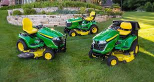 lawn tractors riding lawn mowers