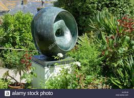 barbara hepworth sculpture garden museum, st.ives, cornwall, england Stock  Photo - Alamy