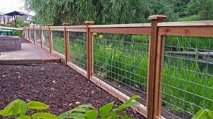 Wood And Wire Fence Designs Fence Ideas Backyard Fences Fence Landscaping Wood Fence Design