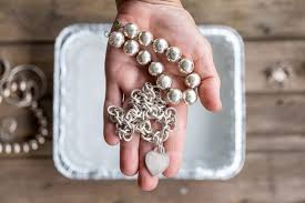 cleaning silver jewelry the art of