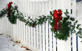 Fun Winter Fence Decorations Carnahan White