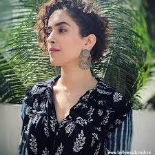 Sanya Malhotra Age, Boyfriend, Family, Biography, Instagram & More...FabbyNews.com