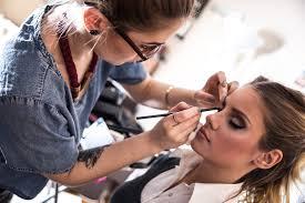 makeup artist for mac cosmetics