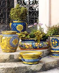 outdoor traditional italian planters