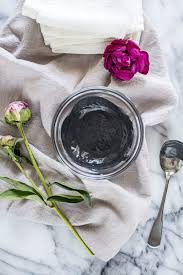 diy charcoal clay face mask for acne
