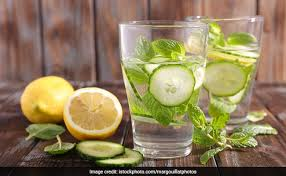5 best summer detox waters to burn fat