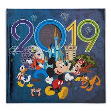 disney photo al 2019 mickey mouse