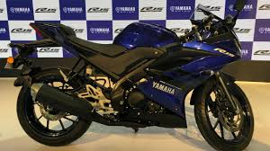yamaha r15 v3 launched rs 1 25