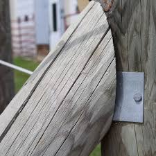 These Diagonal Brace Plates Are The Backbone Of Every Great Flex Fence Fencing System They Re Used To Attach Brace Posts To Y Horse Fencing Fence Yardscaping