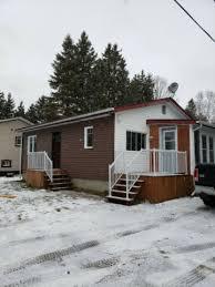 maison bien rénovée 2 garages à