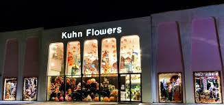 window display 1 arranged by a florist