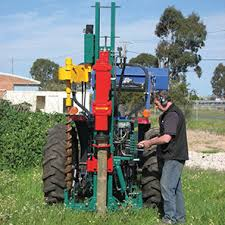 Munro Post Drivers And Wire Fence Time Savers Australasian Farmers Dealers Journal