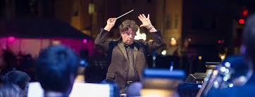 CSO Sounds & Stories » 'American in Paris' conductor draws on opera training