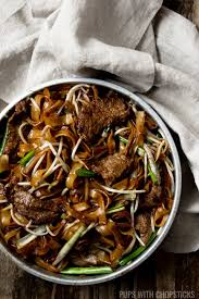 Beef Chow Fun (Beef Ho Fun) - Pups with ...