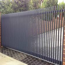 China Galvanized Steel Fencing Steel Fence Panel Metal Fence Garden Fence Security Fencing China Fencing Fence