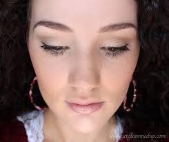easy natural makeup look makeup brush