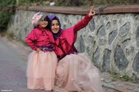صور بنات مع امهاتهم هل هذه امها ام اختها عجيب وغريب