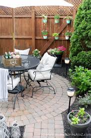 Urban Backyard Makeover With Outdoor Mosquito Repellent Lighting Urban Backyard Affordable Backyard Ideas Backyard Makeover