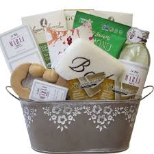 luxury spa gift baskets in canada