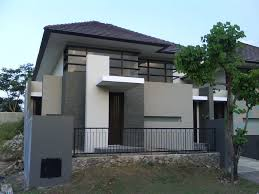 Adorable Exterior House Paint Color Ideas With Gray And White Concrete Wall Mixed House Designs Exterior Minimalist House Design Modern Exterior House Designs