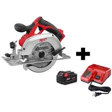 Milwaukee M18 18 Volt Lithium Ion Cordless 6 1 2 In Circular Saw W M18 Starter Kit 1 5 0ah Battery Charger 2630 20 48 59 1850 The Home Depot