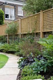 Jacksons Lattice Trellis Panels Featured In A National Bali Award Winning Garden Great Garden Inspirat Garden Privacy Screen Garden Privacy Diy Garden Trellis