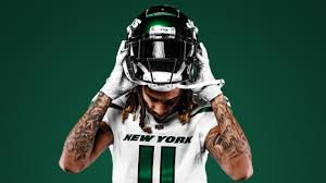 Still Working to Re-Sign Robby Anderson ...