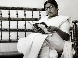 Sucheta Kriplani ( 1908-1974 ) , who was... - Historical Photos of India | Facebook